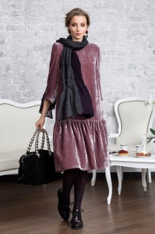 Бархатное платье из шелкового бархата