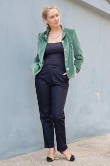 Бархатный женский пиджак зеленый