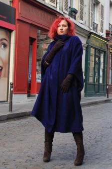 Пальто-накидка из 100% шерсти