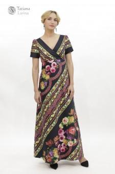 Нарядное платье в пол с цветочным рисунком