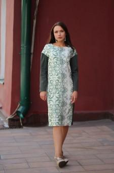 зеленое прямое платье