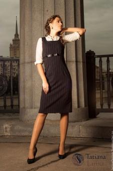 Короткое шерстяное платье