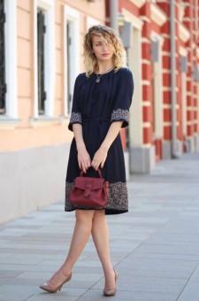 синее платье пышная юбка