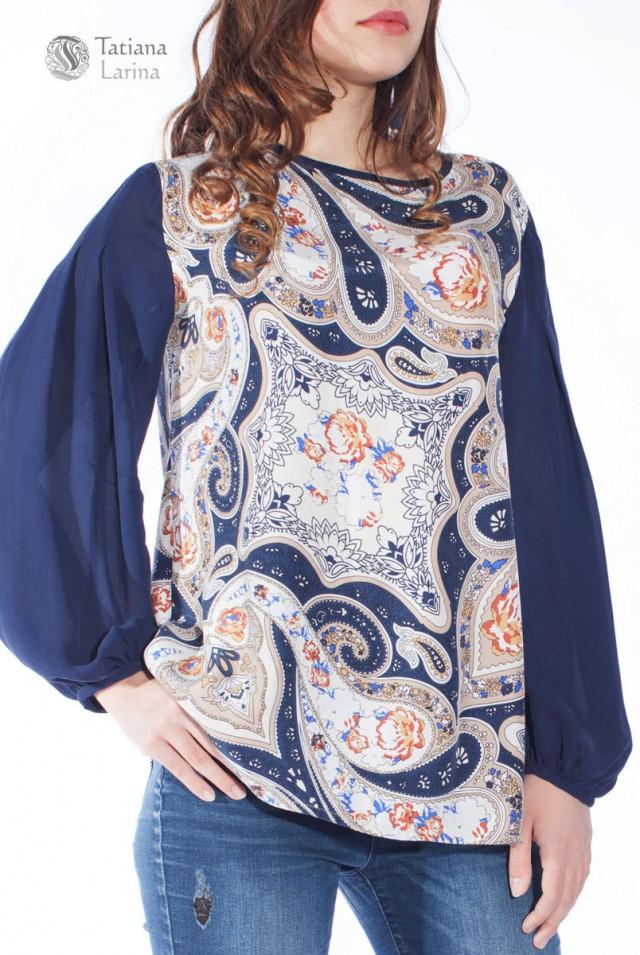 Синяя блузка из натурального шёлка