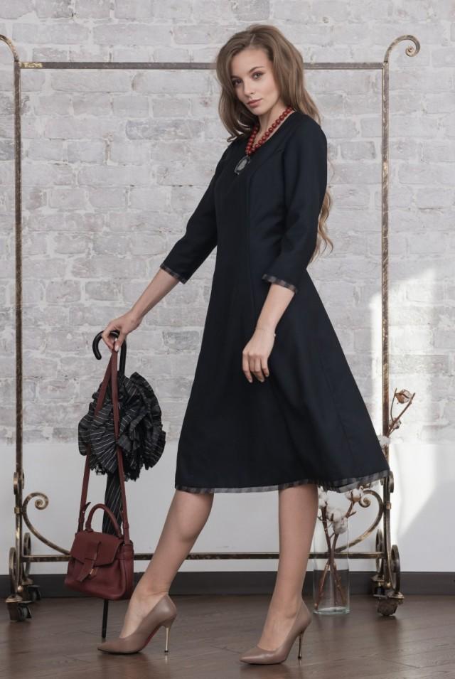 платье с длинным рукавом из шерсти