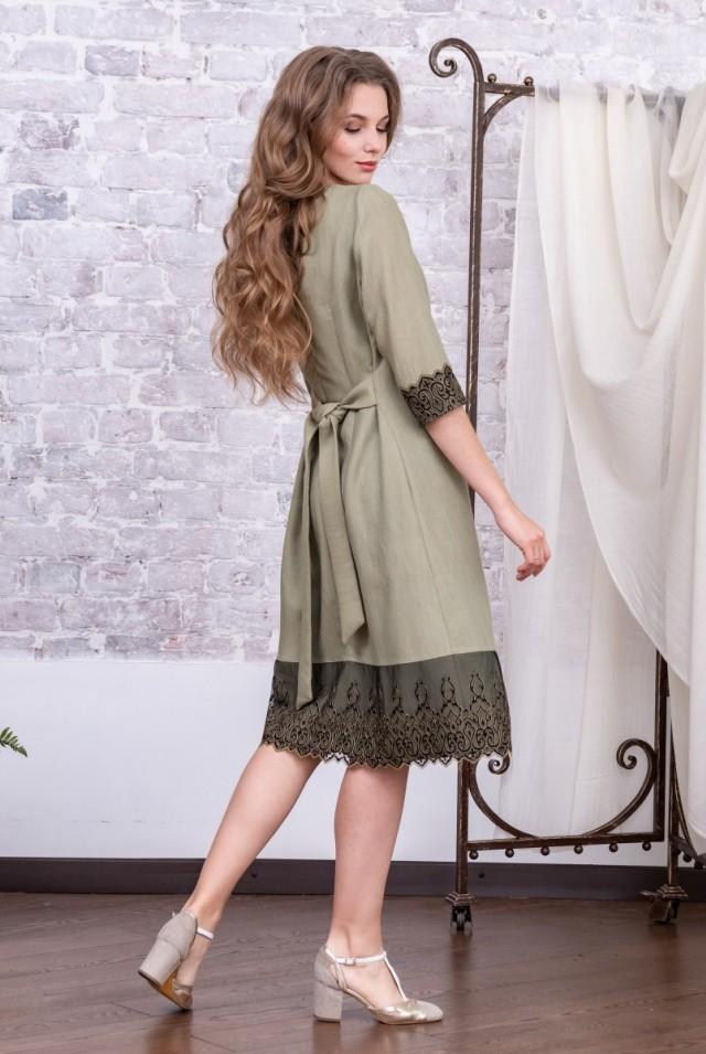 деловое платье из шерсти хаки