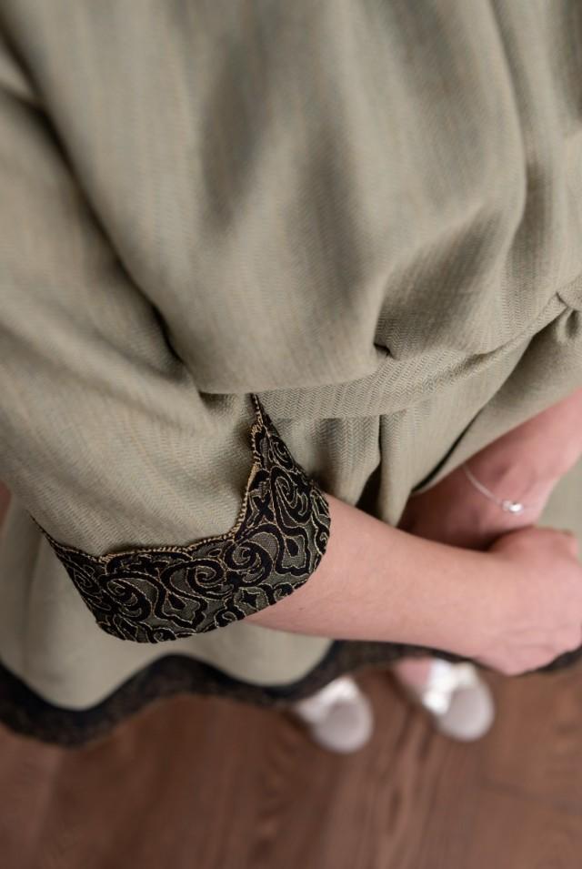 офисное платье из натуральной ткани