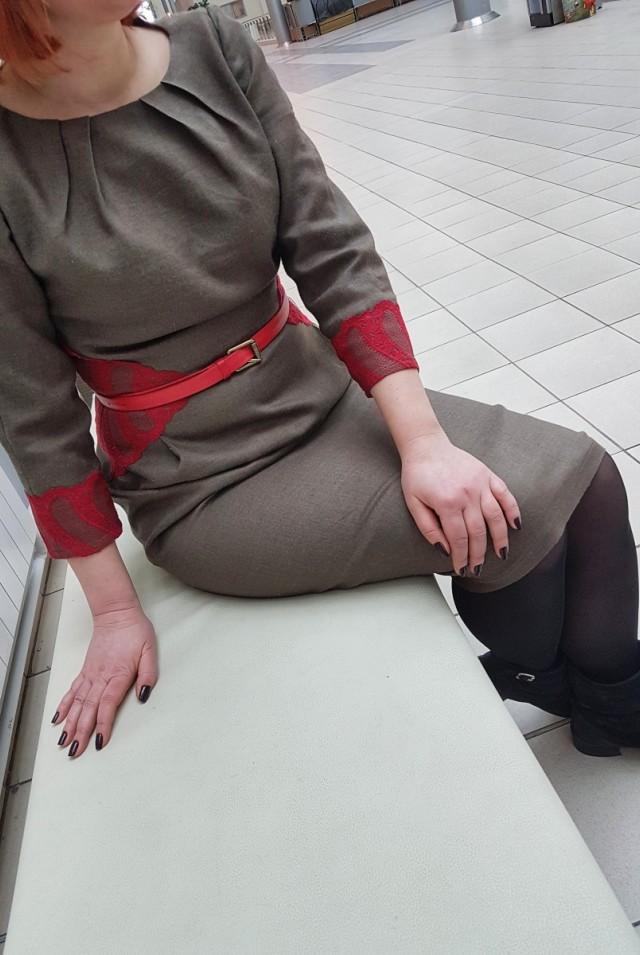 платье из шерсти коричневое зеленое