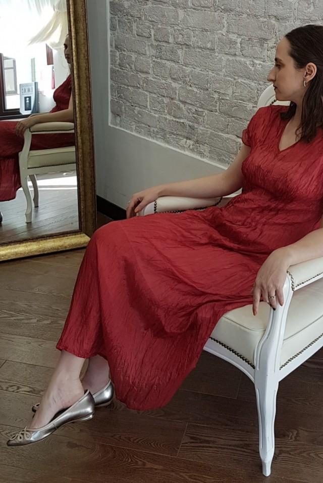легкое летнее платье из шелка