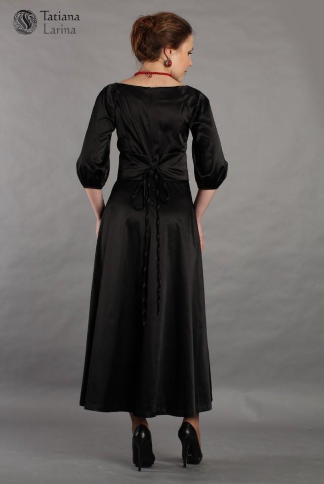 Пышное черное платье макси