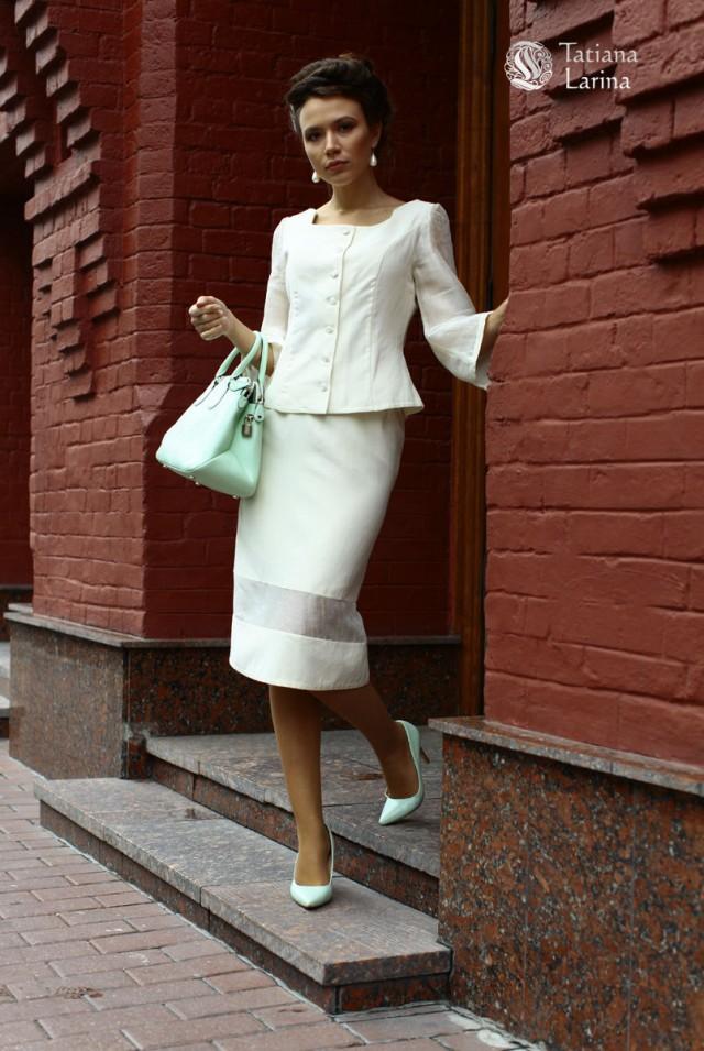 белый костюм на лето