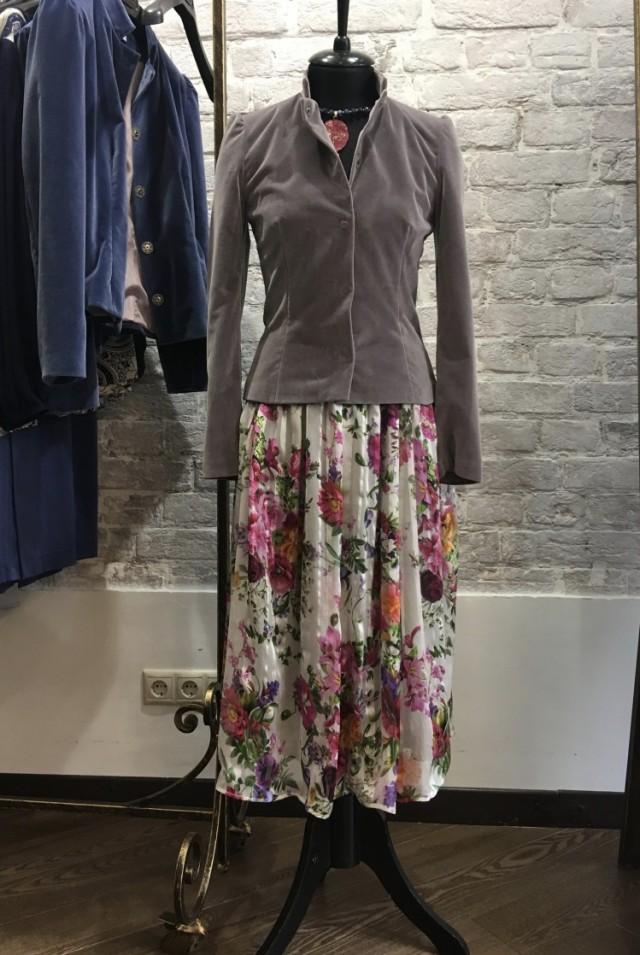 женский пиджак из бархата