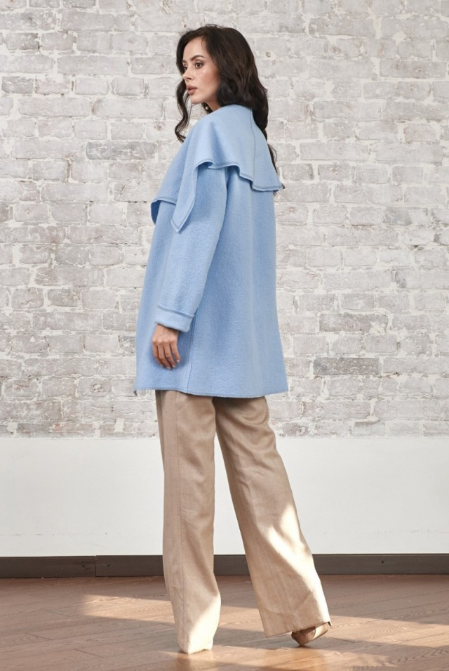 тонкое пальто из лодена голубое