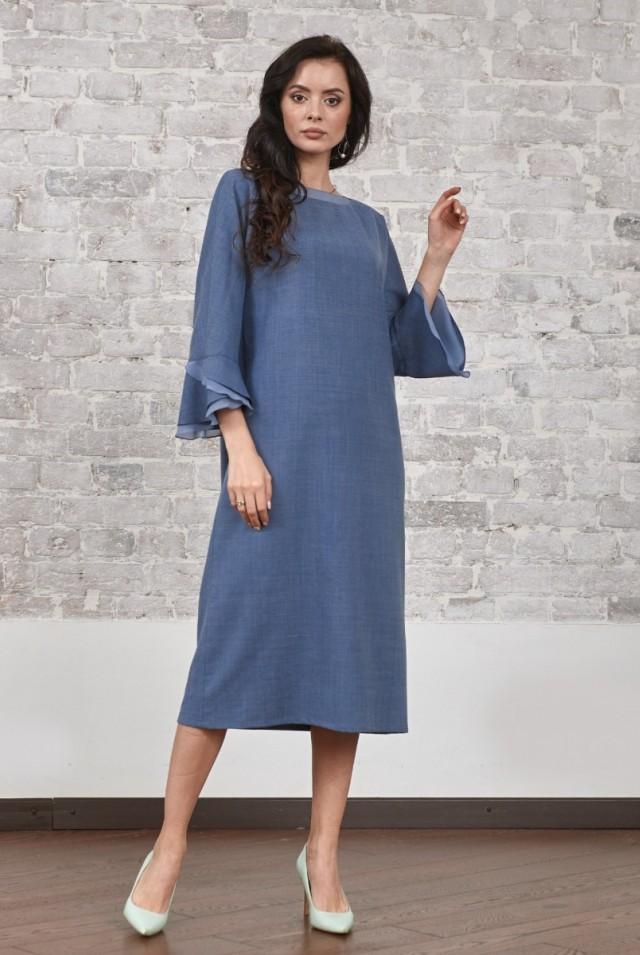 синее шерстяное платье с длинным рукавом