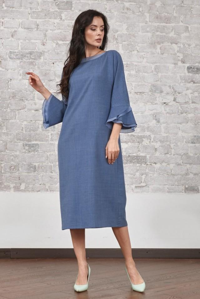 красивое шерстяное платье с рукавом