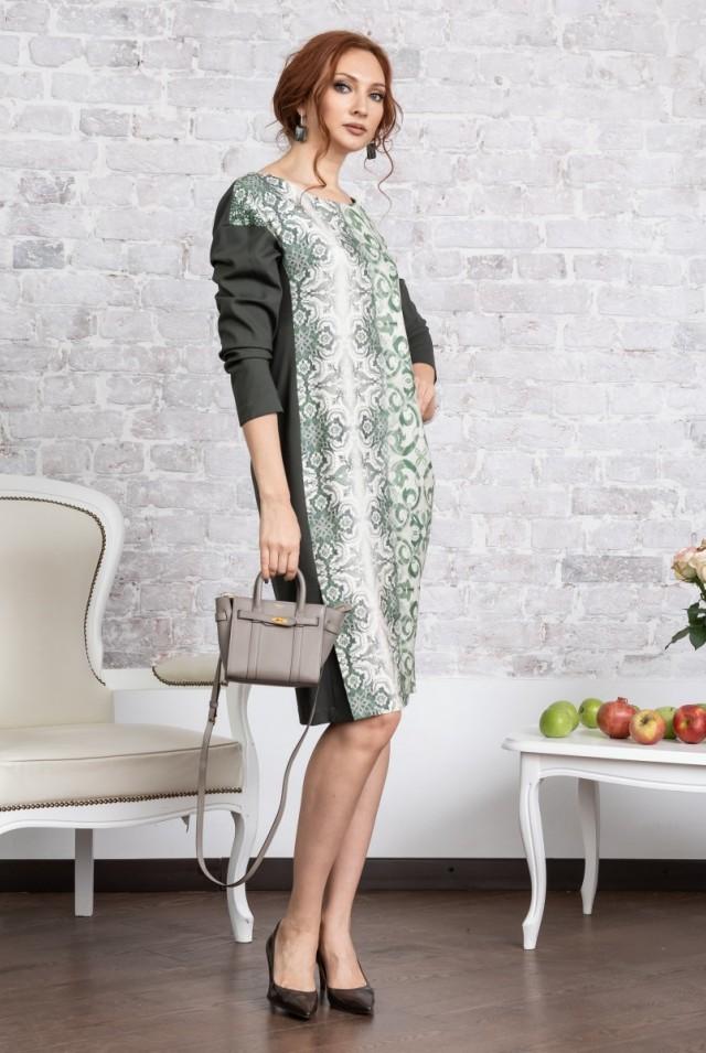 зеленое платье из шерсти и шелка