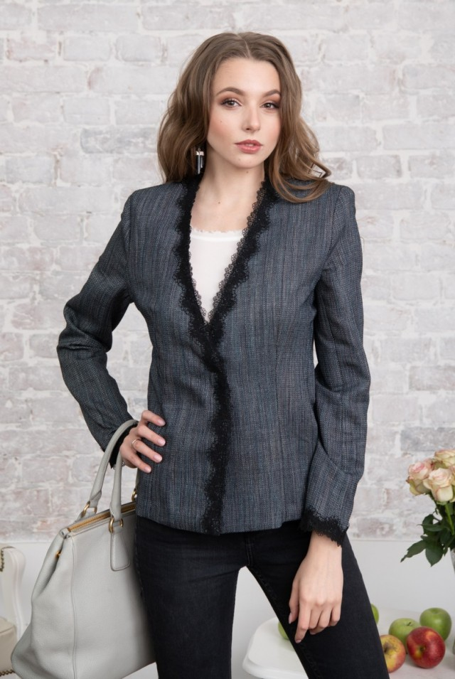 женский пиджак из шерсти