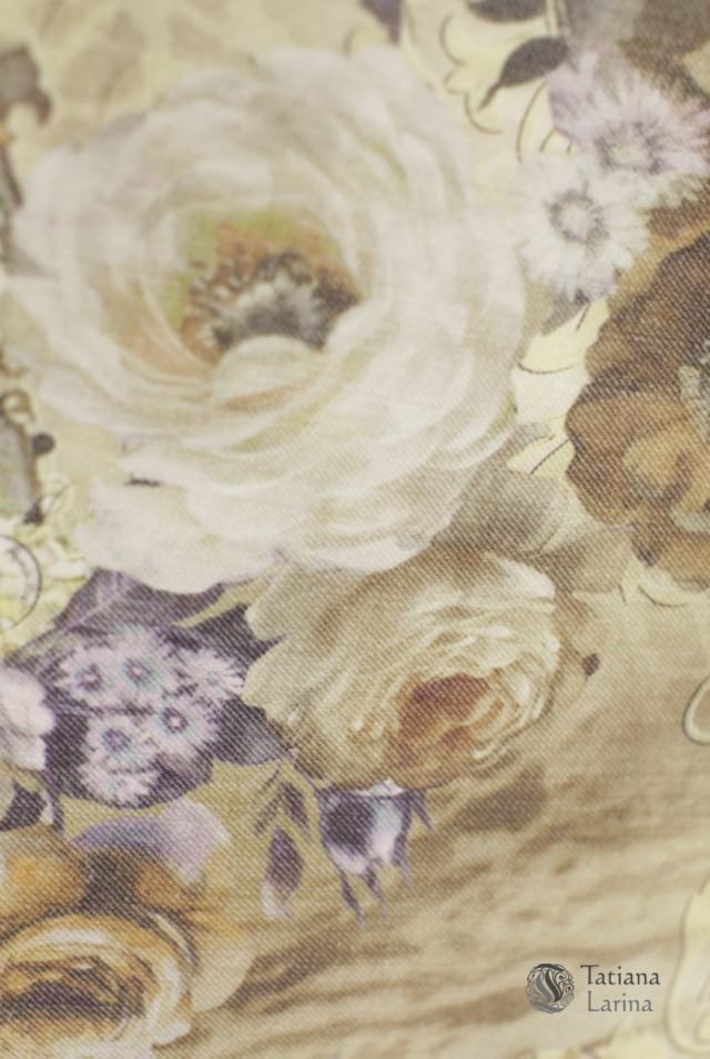 светлая нарядная юбка с цветами