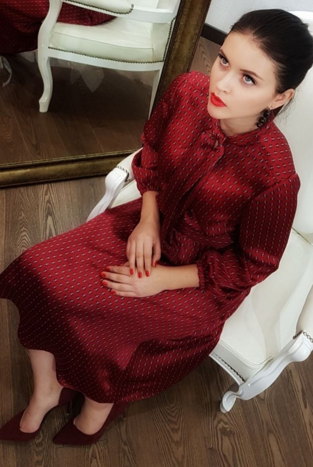 Платье 100% шелка