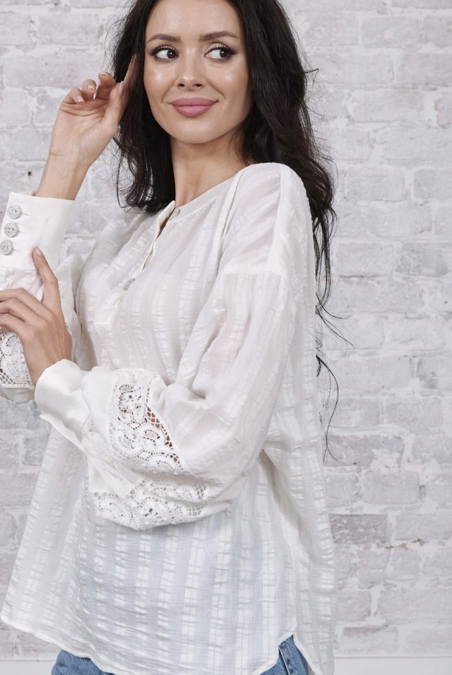 белая блузка рукава буф