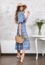 синее шелковое платье миди