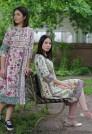 прямое платье на лето с ярким рисунком
