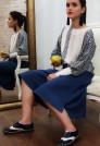 белая синяя шелковая блузка