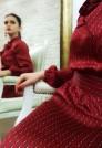 Нарядное платье из натурального шелка красного цвета